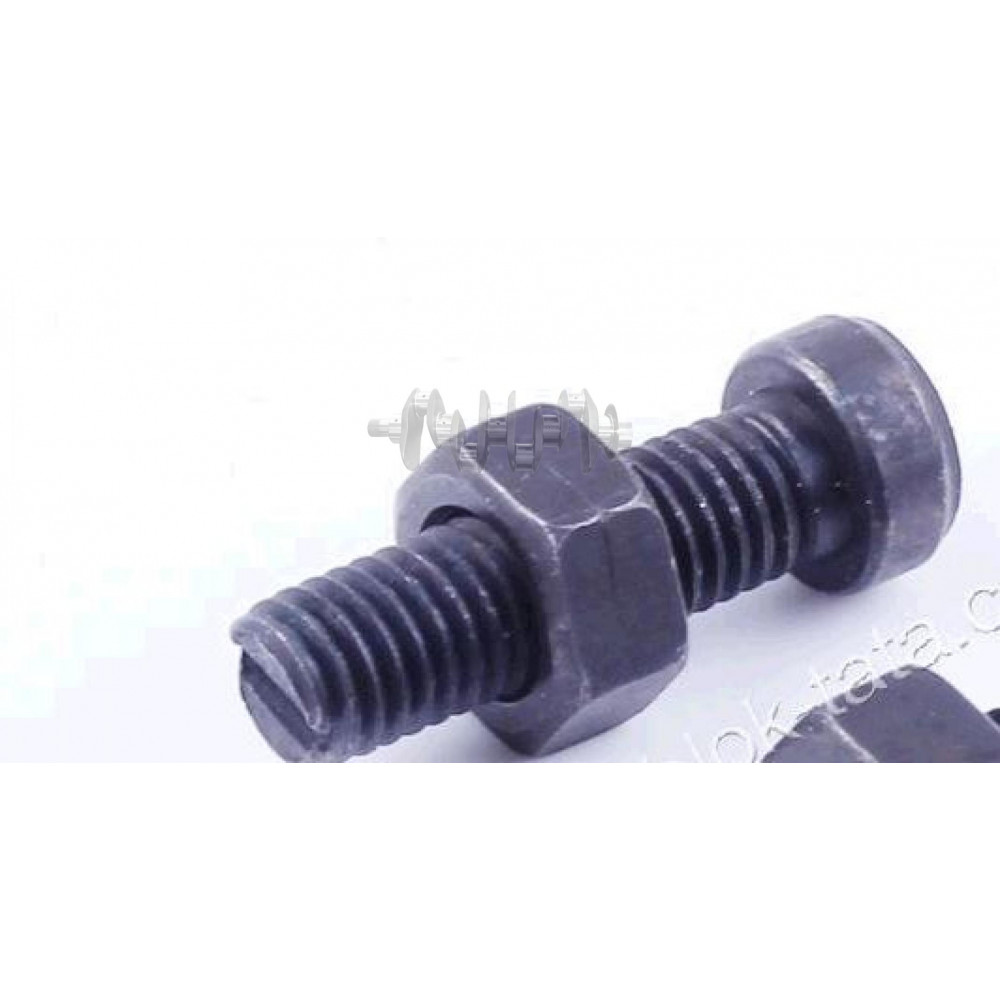 Болты регулировки клапанов м/б   175N/180N   (7/9Hp)   XING